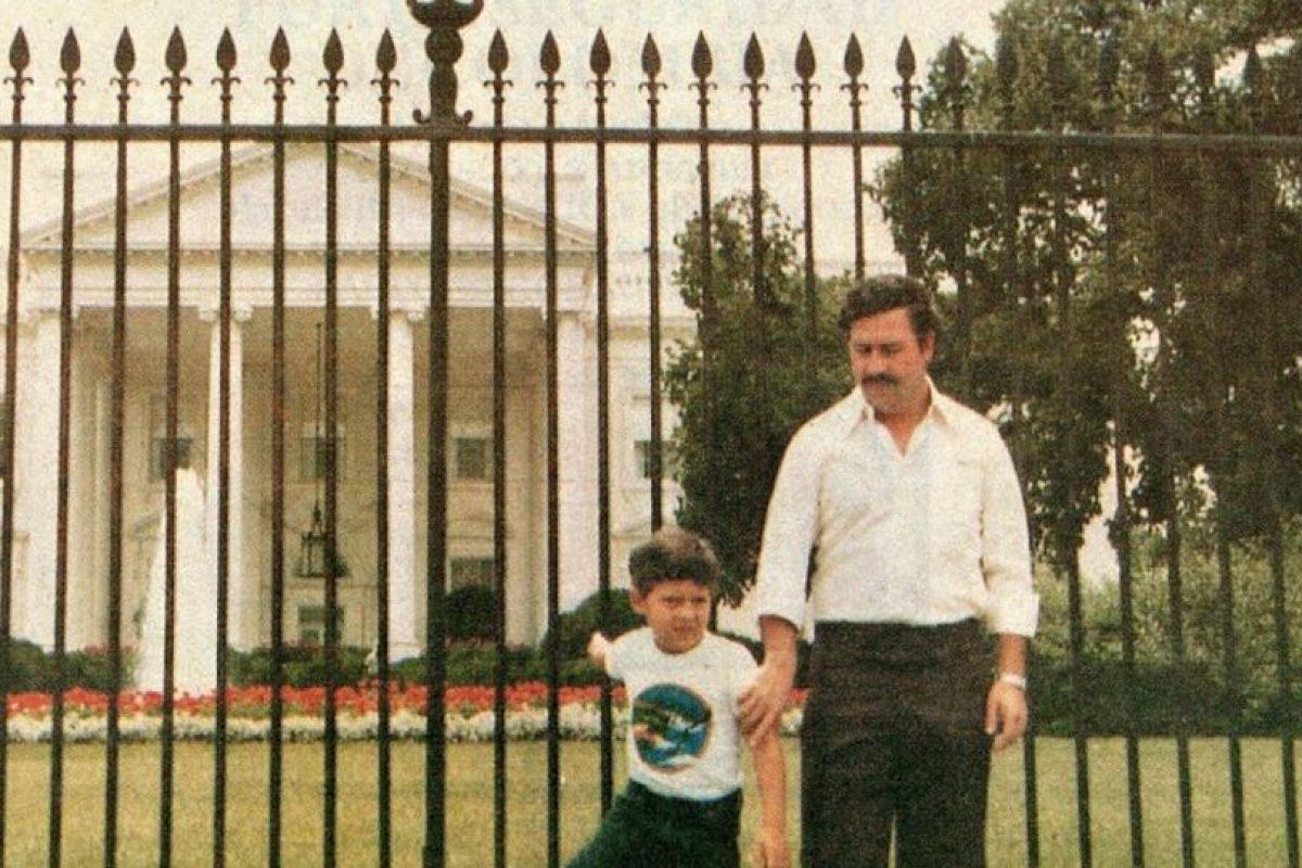 Juan Pablo Escobar, o Sebastián Marroquín, fue el primogénito de Pablo Escobar. Este disfrutó de todos los lujos que la vida de su padre le proporcionó. Foto:vía Facebook/Sebastián Marroquín. Imagen Por: