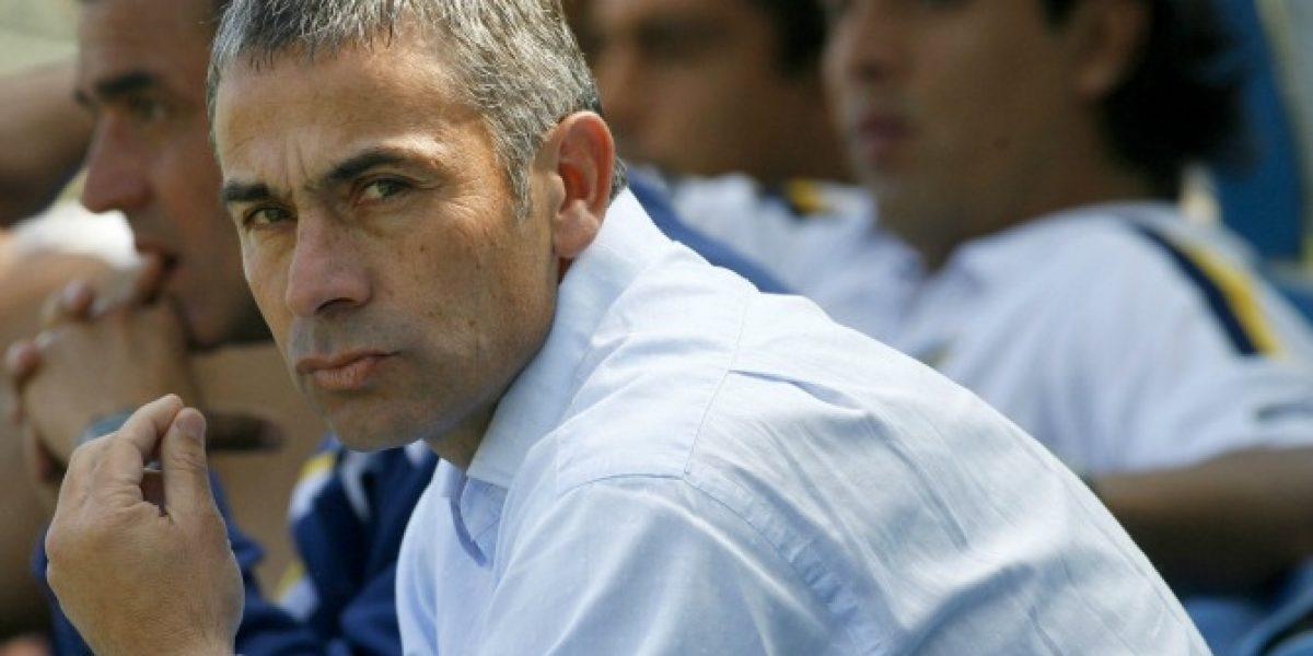 Quiere ser el salvador: Juvenal Olmos se ofreció a la UC para reemplazar a Mario Salas
