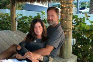 Michelle Mischon Stevens y su esposo John Stevens Foto:Facebook.com. Imagen Por: