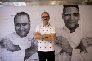 Él es Massimo Bottura, uno de los mejores chefs del mundo Foto:AP. Imagen Por: