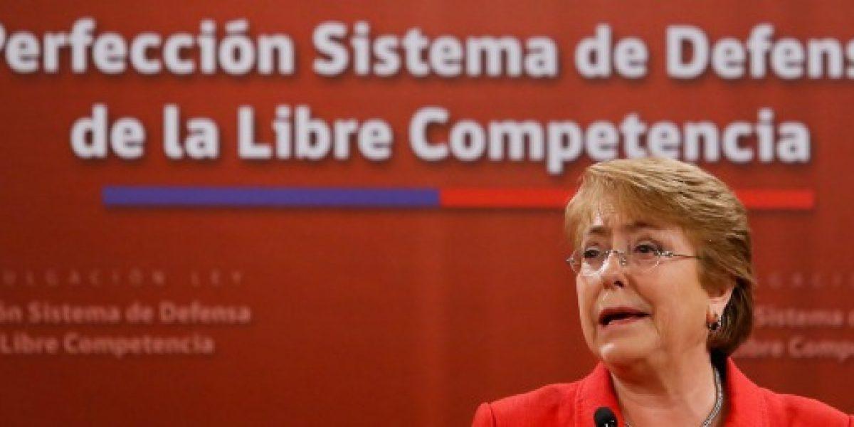 Presidenta Bachelet promulgó ley que pena con cárcel la colusión