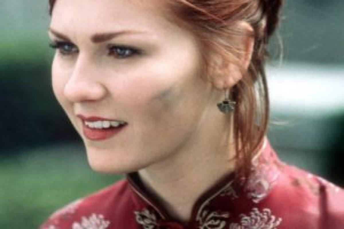 Kirsten Dunst interpretó a una correcta Mary Jane Watson en la versión cinematográfica. Foto:Fox. Imagen Por: