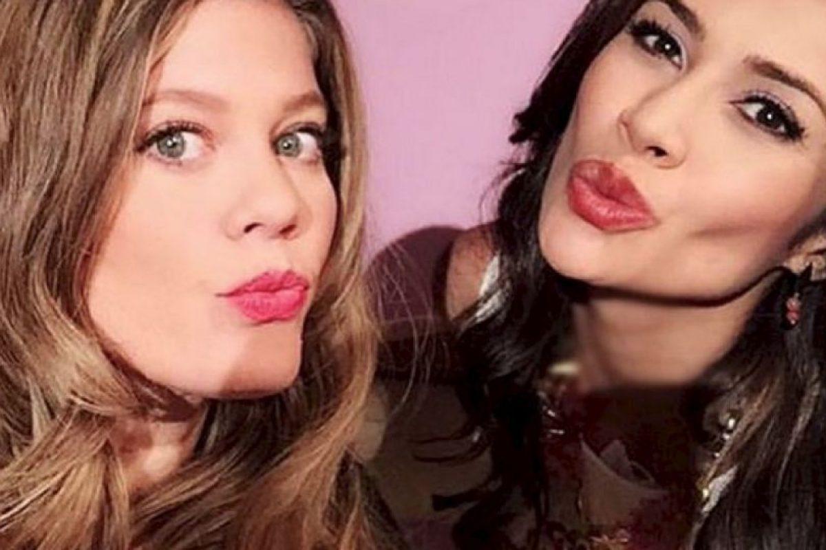 """Martha Isabel Bolaños junto a Lorna Cepeda, quien interpretó a """"La peliteñida"""" Foto:vía instagram.com/marthaisabelii. Imagen Por:"""