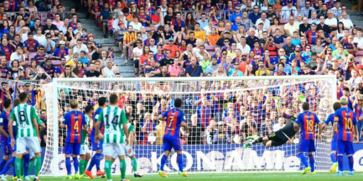 Así vivimos la aplastante goleada del Barça sobre el Betis que puede marcar el adiós de Bravo