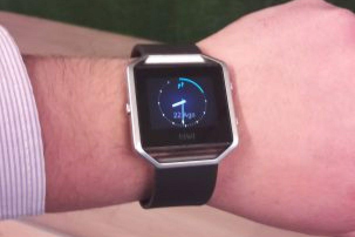 Fitness watch Fitbit.. Imagen Por: