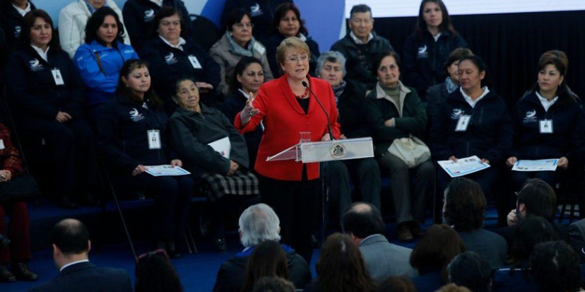 Bachelet y marcha contra las AFP: