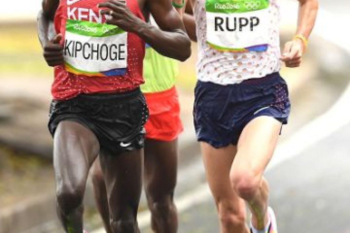 Quedó en segundo lugar con un tiempo de 2:09:54 Foto:Getty Images. Imagen Por: