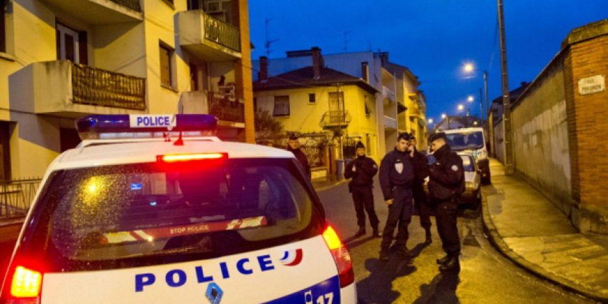 Al menos tres detenidos en Francia acusados de preparar actos terroristas