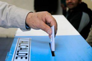 Image CaptionEn esta etapa los candidatos pueden realizar campaña a través de prensa escrita, radioemisoras, por activistas o brigadistas en la vía pública. Foto:Agencia UNO. Imagen Por: