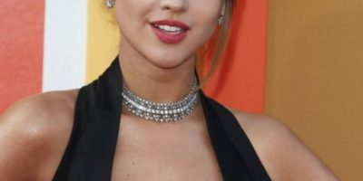 Eiza González impacta Instagram publicando foto sin sostén