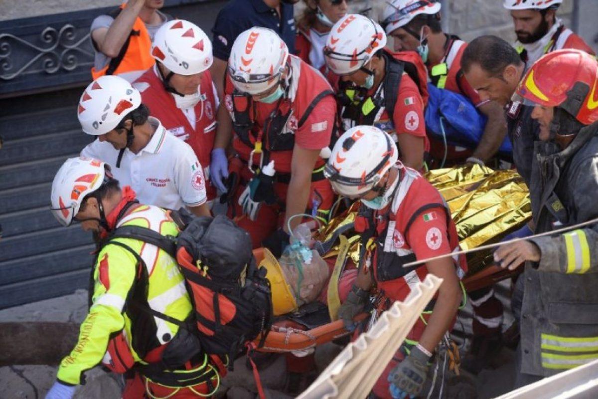 Mientras tanto, continúan las labores de rescate Foto: AFP. Imagen Por: