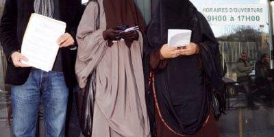El empresario musulmán que paga las multas por llevar