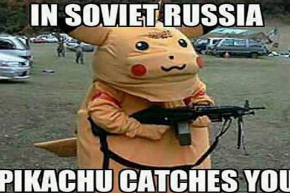 En la Rusia soviética, Pikachu te atrapa a ti. Foto:Twitter. Imagen Por: