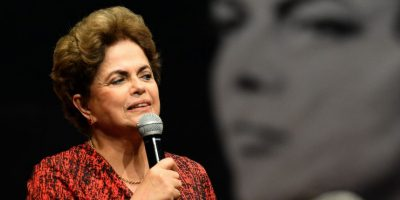 Rousseff pide a sus seguidores que tengan