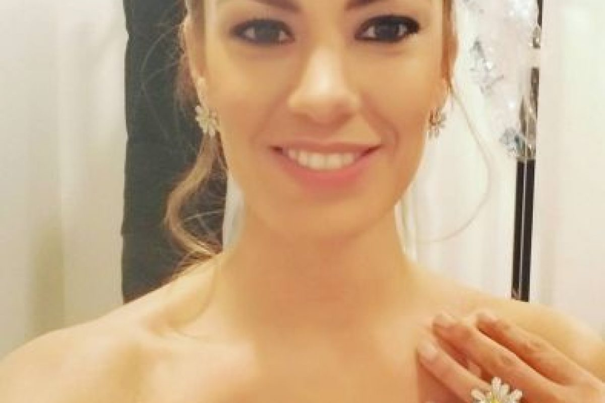 Anne-Laure Bonnet, la guapa presentadora del sorteo de la Champions League Foto:Twitter. Imagen Por: