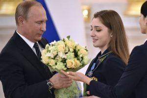 Vladimir Putin regaló autos BMW a cada uno de los medallistas rusos en Río 2016 Foto:AFP. Imagen Por: