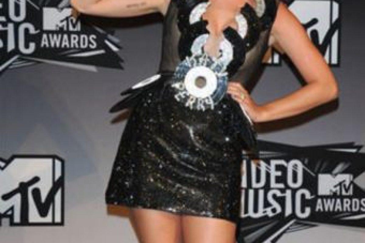 Katy Perry en 2011 como una Oompa Loompa gótica. Foto:Getty Images. Imagen Por: