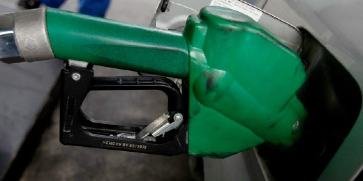 Precio de las bencinas volvería a subir el jueves