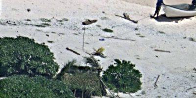 Pareja naufraga en isla desierta del Pacífico y es rescatada tras hacer el mayor cliché de la historia