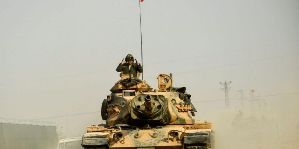 Turquía afirma que combatirá por igual a milicias kurdas y al EI en Siria