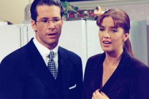 """""""Antes, las telenovelas eran más para las amas de casa, y no se pensaba en la mujer como un ser que deseaba a los hombres de manera sexual. Por eso todos iban de manera tan formal y correcta"""". Foto:vía Canal de las Estrellas. Imagen Por:"""