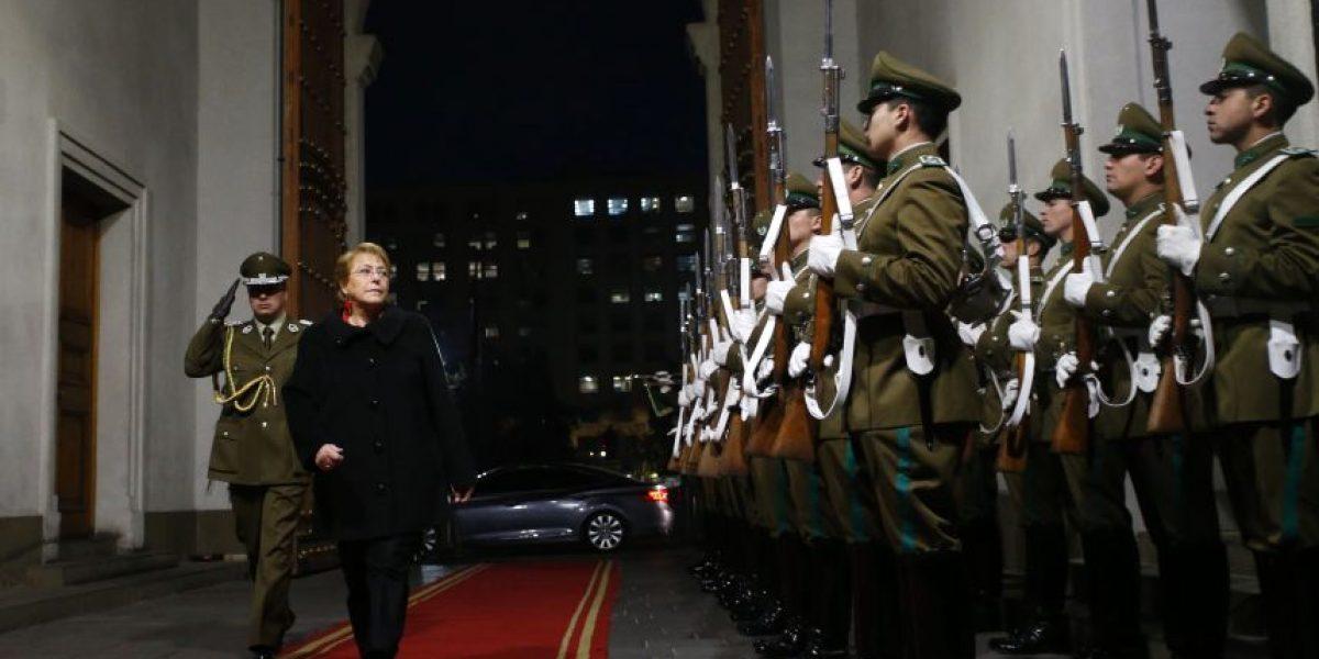 Cadem: aprobación de Bachelet llega a  18% la más baja desde marzo de 2014
