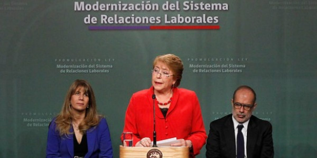 Presidenta Bachelet promulga reforma laboral: