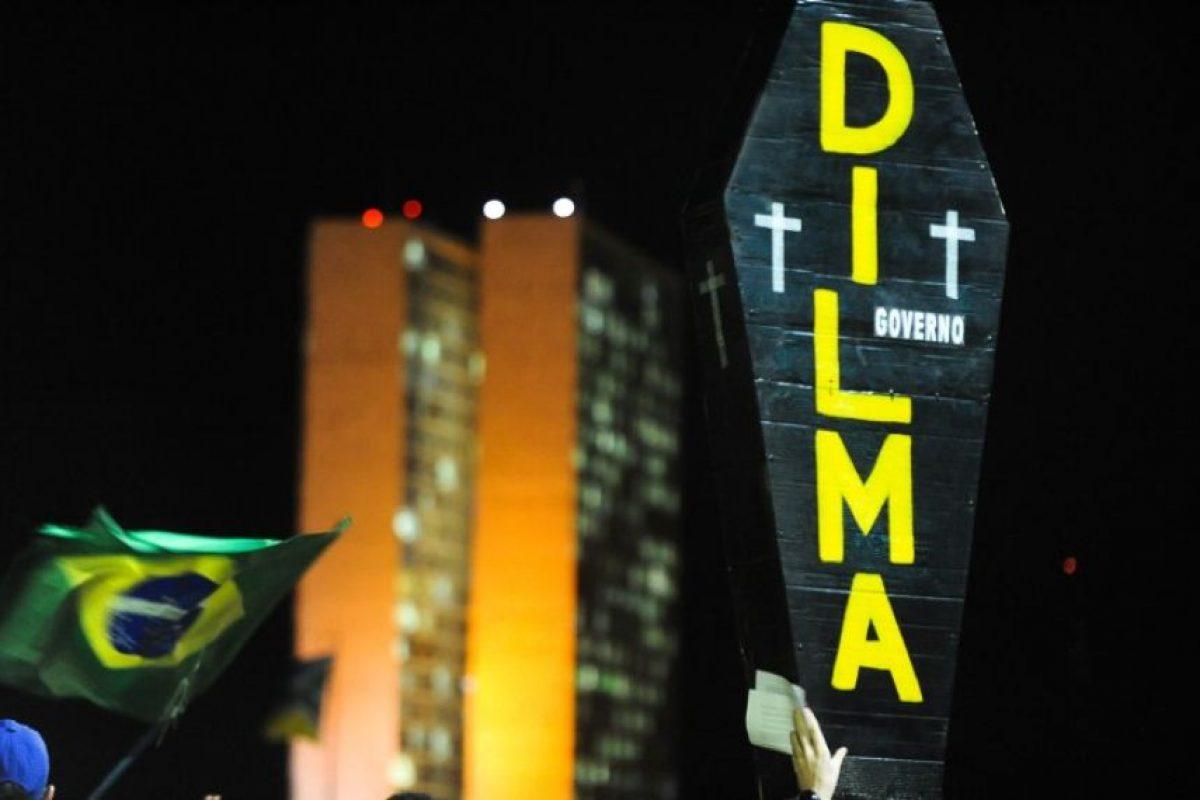 Así concluirían 13 años de gobierno del Partido de los Trabajadores, primero con Lula da Silva, luego con Rousseff Foto:AFP. Imagen Por: