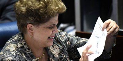 Juicio a Rousseff duró 14 horas en su primer día