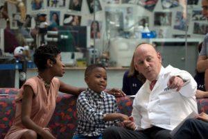 Fue el primer niño en recibir un trasplante doble Foto:AP. Imagen Por: