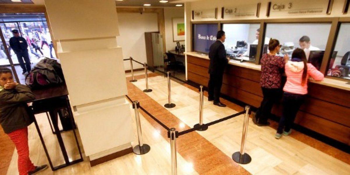 Ganancias de los bancos caen un 7,40% anual entre enero y julio