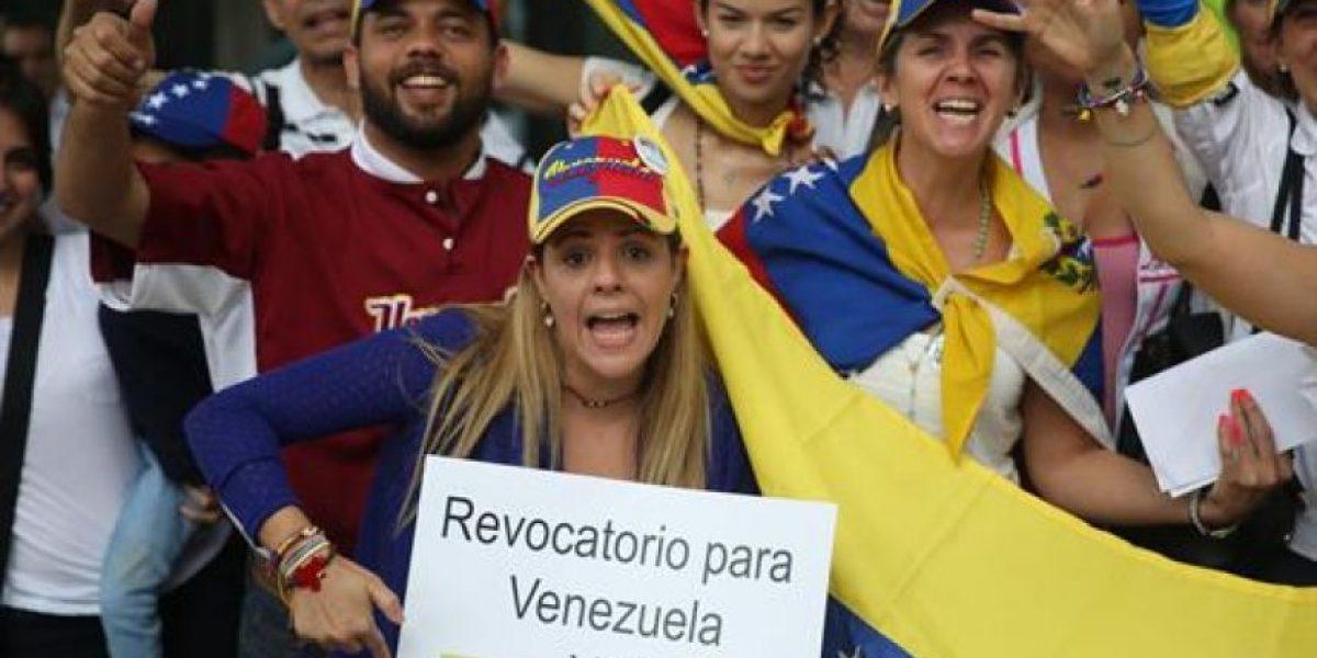 Venezuela: Opositores exigen un referendo revocatorio en las calles