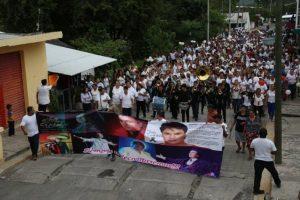 Pobladores del pueblo de Parácuaro, donde nació Juan Gabriel pedían que ahí descansen sus cenizas Foto:Cuartoscuro. Imagen Por: