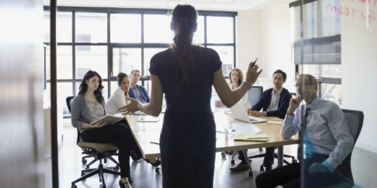 Mayor participación laboral femenina aumentaría el PIB per cápita cerca de 6%