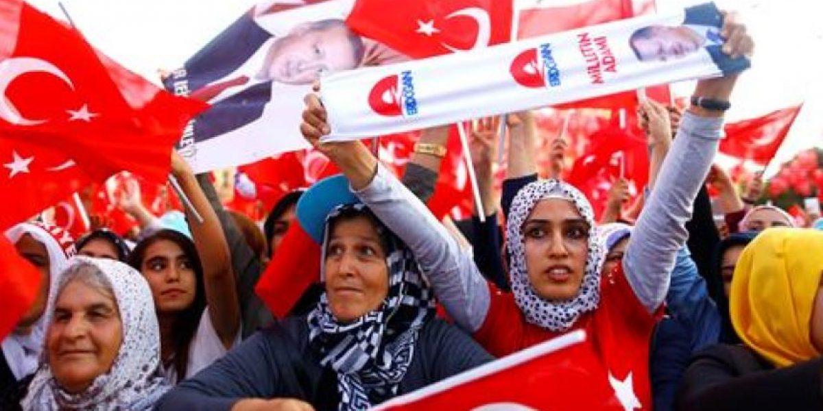 Turquía: Nueva purga de uniformados de seguridad tras golpe de estado