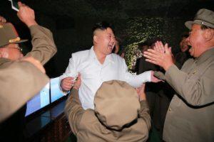 Habría sido raptado para enseñar inglés a Kim Jong Un Foto:AP. Imagen Por:
