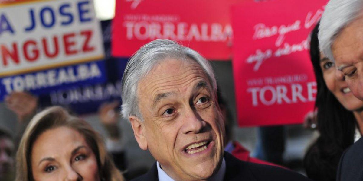 Piñera no descarta candidatura y afirma que competir contra Lagos sería como