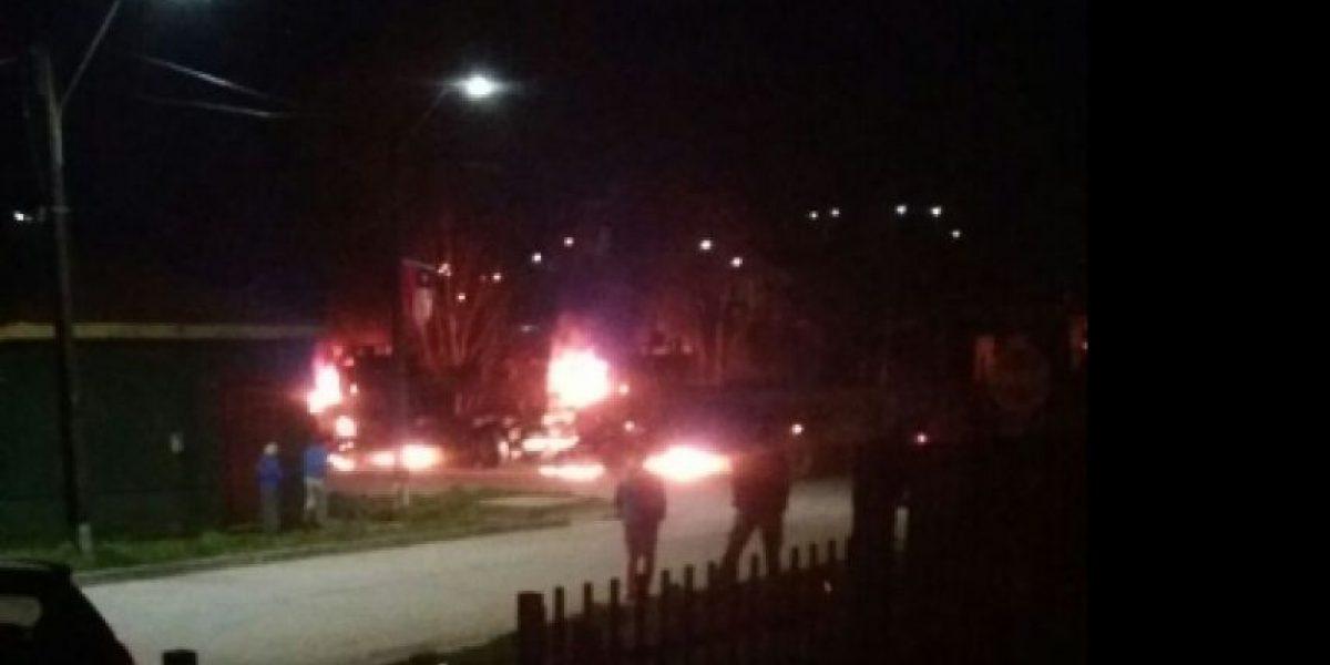 Dos camiones destruidos deja ataque incendiario en La Araucanía