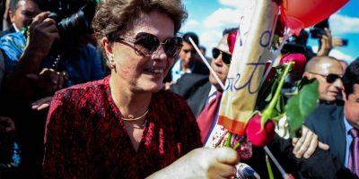 Rousseff abandona Brasilia y viaja hacia Porto Alegre tras su destitución