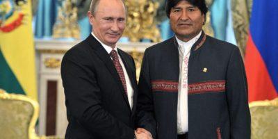 Bolivia firma con Rusia acuerdo de cooperación militar