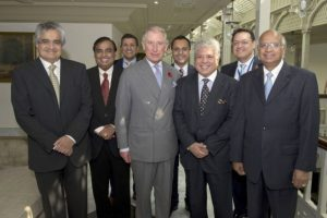 La fortuna de Mukesh Ambani se calcula en 22 mil 200 millones de dólares Foto:Getty Images. Imagen Por:
