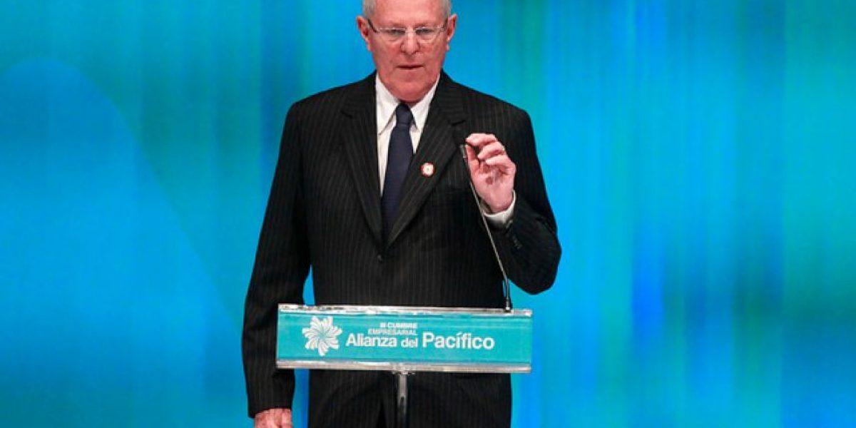 Presidente de Perú visitará Chile en noviembre