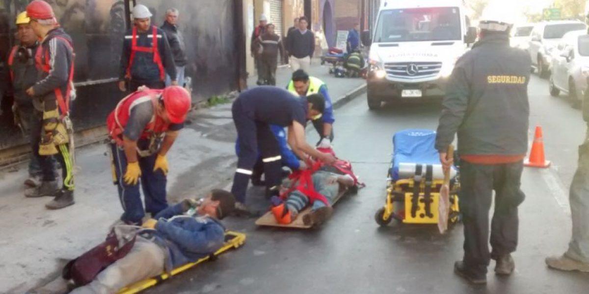 Cuatro heridos deja derrumbe de edificio en construcción en Ñuñoa