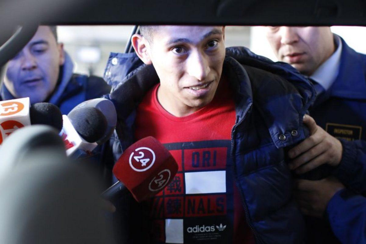Kevin Olguín fue formalizado en ausencia el 5 de agosto de 2015 y tras su detención solo resta aprehender a Alfredo Álvarez. Foto:Agencia UNO. Imagen Por:
