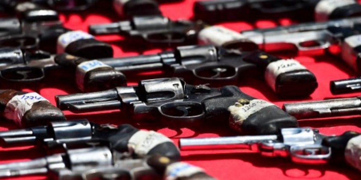 Gobierno venezolano cambia armas por electrodomésticos