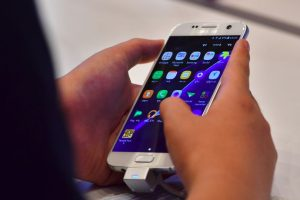 Samsung anunció recientemente el aplazamiento del lanzamiento mundial del Galaxy S7 Note por los defectos de sobrecalentamiento en la batería detectados en 35 ejemplares en distintas partes del mundo. Foto:Afp. Imagen Por: