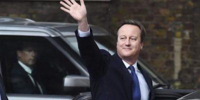 Ex primer ministro británico David Cameron renuncia también a escaño de diputado