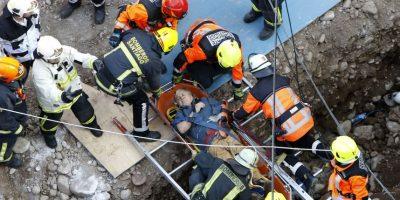 Dos muertos y tres heridos tras derrumbe en construcción en Las Condes
