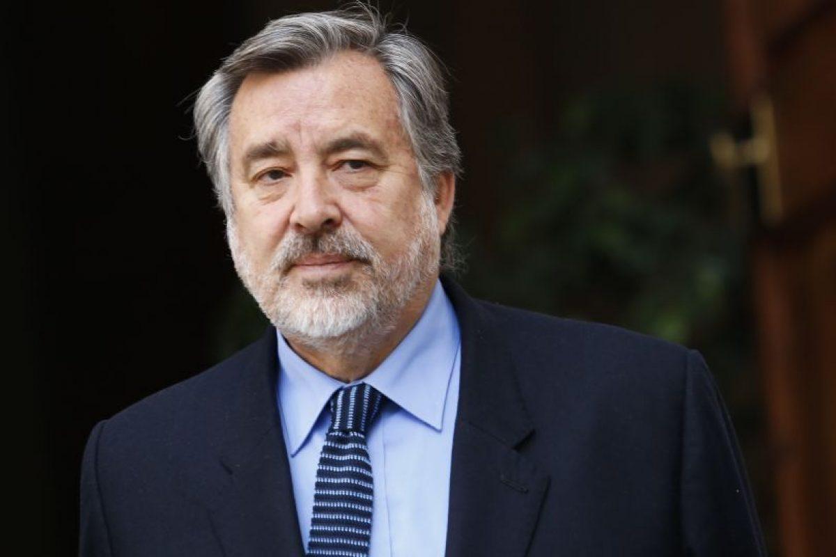 Alejandro Guillier es considerado el personaje político con mayor liderazgo dentro de la Nueva Mayoría, según la última encuesta CADEM. Foto:Agencia UNO. Imagen Por: