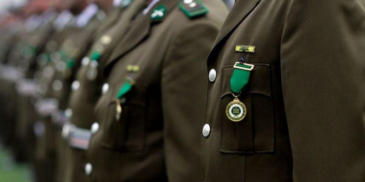 Sargento 2° de Carabineros denunció discriminación en su baja de la institución